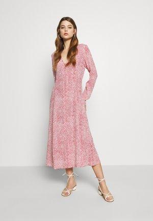 KINNE - Denní šaty - marsala