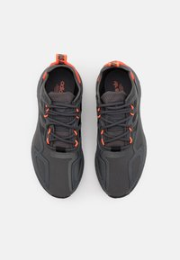 adidas Originals - ZX 2K BOOST UNISEX - Trainers - grey six/core black/solar red - 3