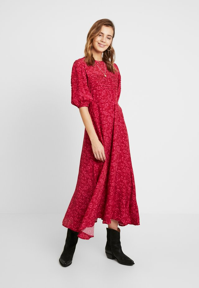 JESSIE - Maxi dress - red