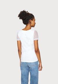 River Island - Print T-shirt - white - 2