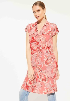 Button-down blouse - coral paisley