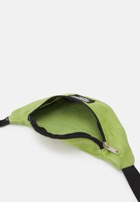 Obey Clothing - WASTED HIP BAG UNISEX - Bum bag - green - 2