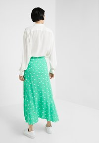 2nd Day - LIMELIGHT ANEMONE - Maxi skirt - irish green - 2