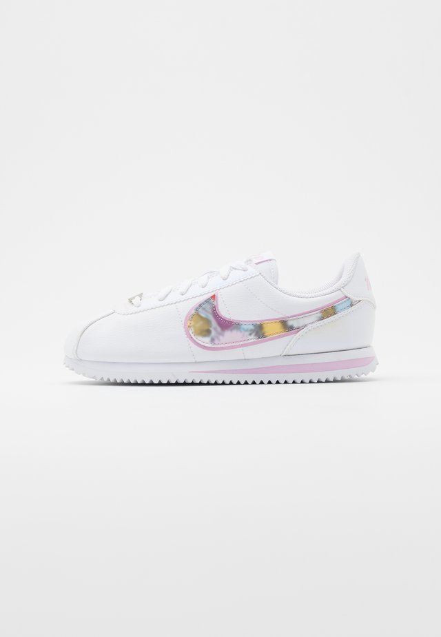 CORTEZ BASIC  - Sneakersy niskie - white/light arctic pink/metallic silver