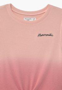 Abercrombie & Fitch - WAFFLE TIE FRONT - Triko spotiskem - pink - 3