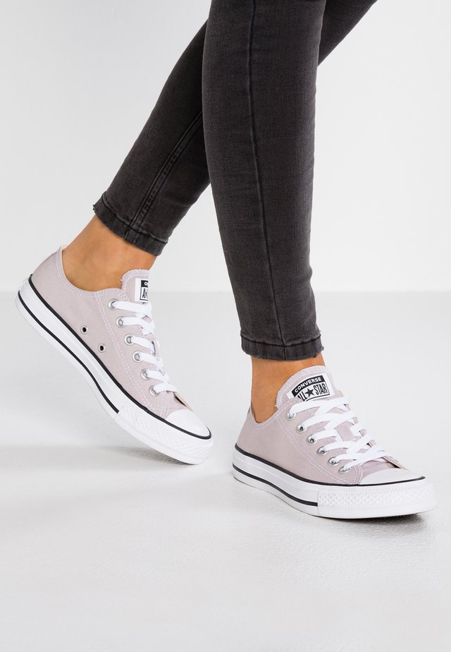 CHUCK TAYLOR ALL STAR  - Trainers - violet ash