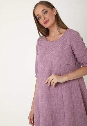 ALLTAGS - Day dress - lila