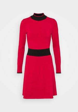 SUMERY - Vestido de punto - dark red