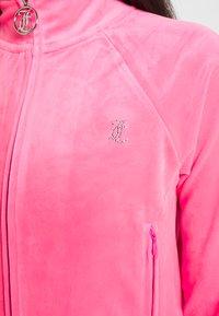 Juicy Couture - TANYA TRACK - Sweater met rits - fluro pink - 5