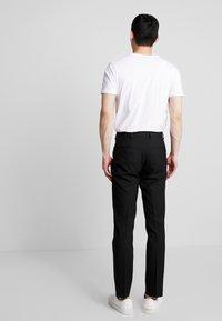 Burton Menswear London - STRETCH - Jakkesæt bukser - black - 2