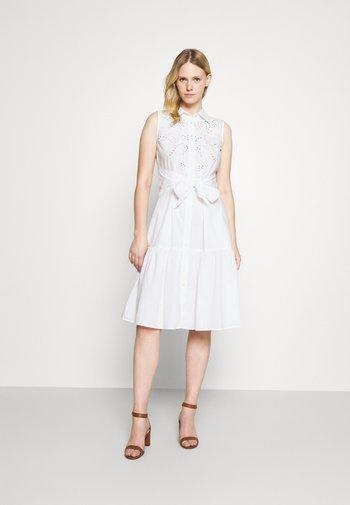 SHINNELLA SLEEVELESS CASUAL DRESS - Day dress - white