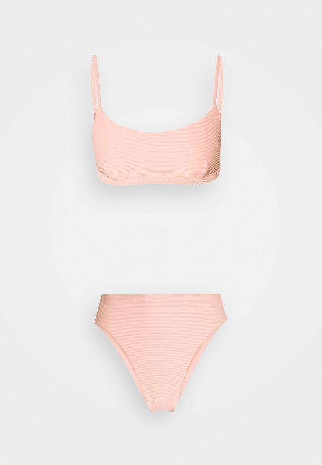 ESSENTIALS BRALETTE HIGH WAISTED PANT - Bikini-Hose - rose sands