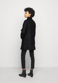Barbour - BELSAY WAX JACKET - Light jacket - black - 2