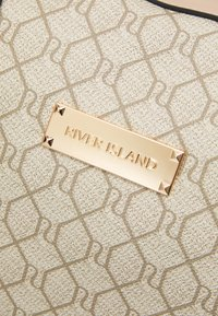 River Island - Weekend bag - beige - 3
