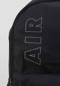 Nike Sportswear - AIR HERITAGE  - Rucksack - black/white - 2