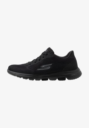 GO WALK 5 - Walking trainers - black