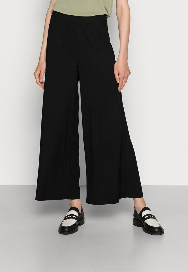 TEXTURED LIGHTWEIGHT PALAZZO PANT - Trousers - black