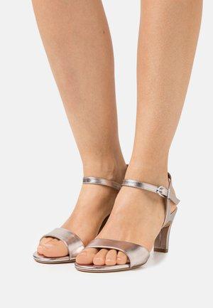 Sandals - rosegold metallic