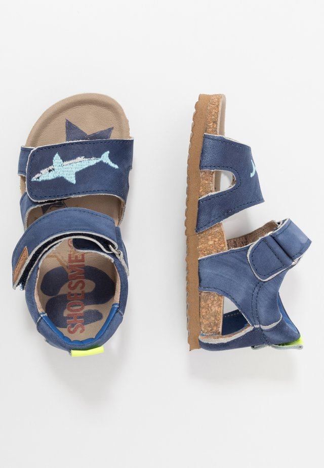 BIO  - Sandaalit nilkkaremmillä - blue