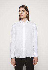 120% Lino - SLIM FIT - Košile - white - 0
