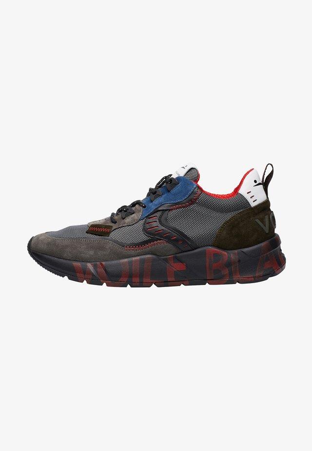 CLUB01 - Sneakers basse - grau
