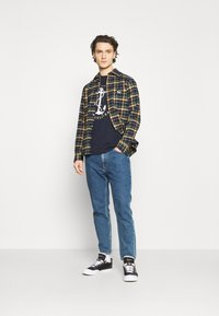 Quiksilver - SAVIORS ROAD - Print T-shirt - navy blazer - 1