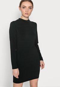 Even&Odd Petite - Denimové šaty - black - 3