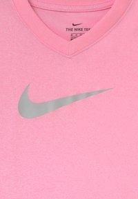 Nike Performance - DRY - Camiseta estampada - pink - 2