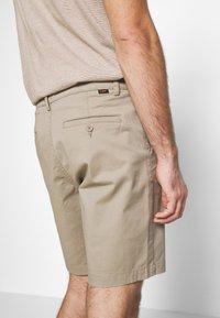 Lee - Shorts - anita beige - 3