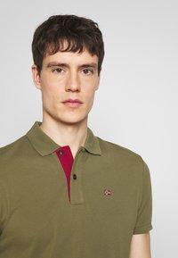 Napapijri - EZY - Polo shirt - new olive green - 4