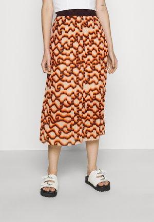 PRINTED MIDI SKIRT - Pleated skirt - orange