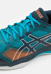 ASICS - GEL COURT HUNTER - Zapatillas de tenis para todas las superficies - teal blue/french blue - 5