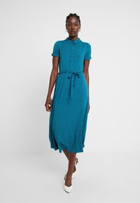 King Louie - MIDI DRESS LITTLE DOTS - Jerseykjole - lapis - 2