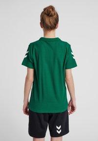 Hummel - Polo shirt - evergreen - 2