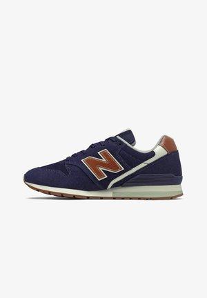 Sneakers basse - pigment