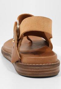 Inuovo - T-bar sandals - sd scissors csc - 4