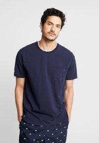 Lacoste - Pyjamas - navy blue - 0