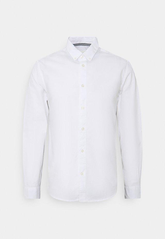 REGULAR SMART SLUB - Shirt - white