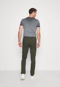 Selected Homme - SLHSLIM-MILES - Chinot - forest night - 2