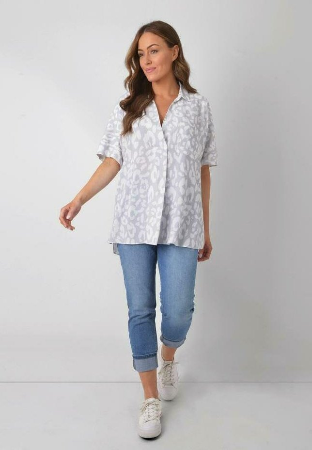 Live Unlimited London - ANIMAL - Blouse - grey