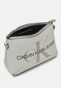 Calvin Klein Jeans - CAMERA POUCH - Across body bag - white - 2