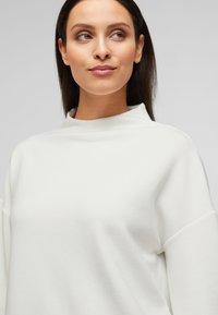 s.Oliver BLACK LABEL - Sweatshirt - white - 3