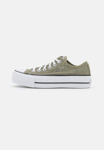 CHUCK TAYLOR ALL STAR OPEN PLATFORM - Sneakers basse - light field surplus/white/black