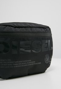 Diesel - SUSEGANA F-SUSE BELT - Saszetka nerka - black - 7