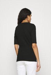 mbyM - WIKTORIA - Basic T-shirt - black - 2