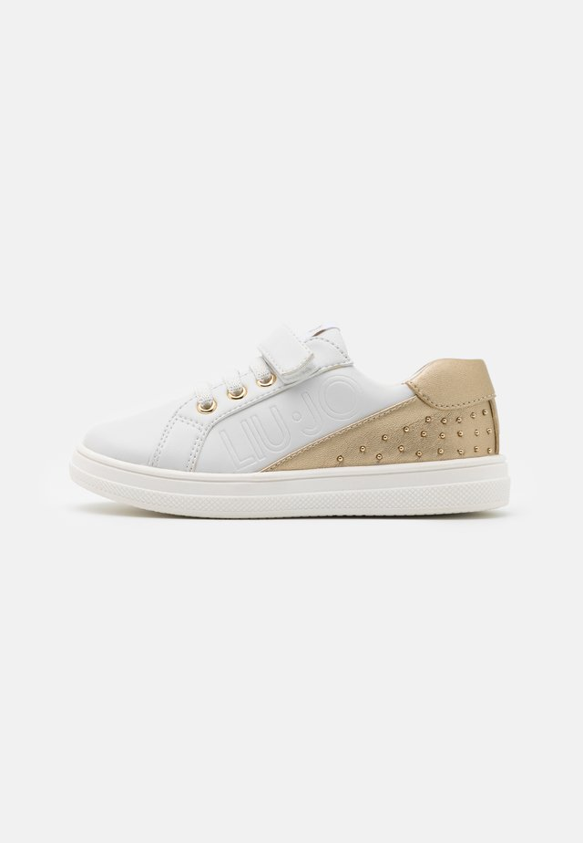 MINI ALICIA - Sneakers laag - white/gold