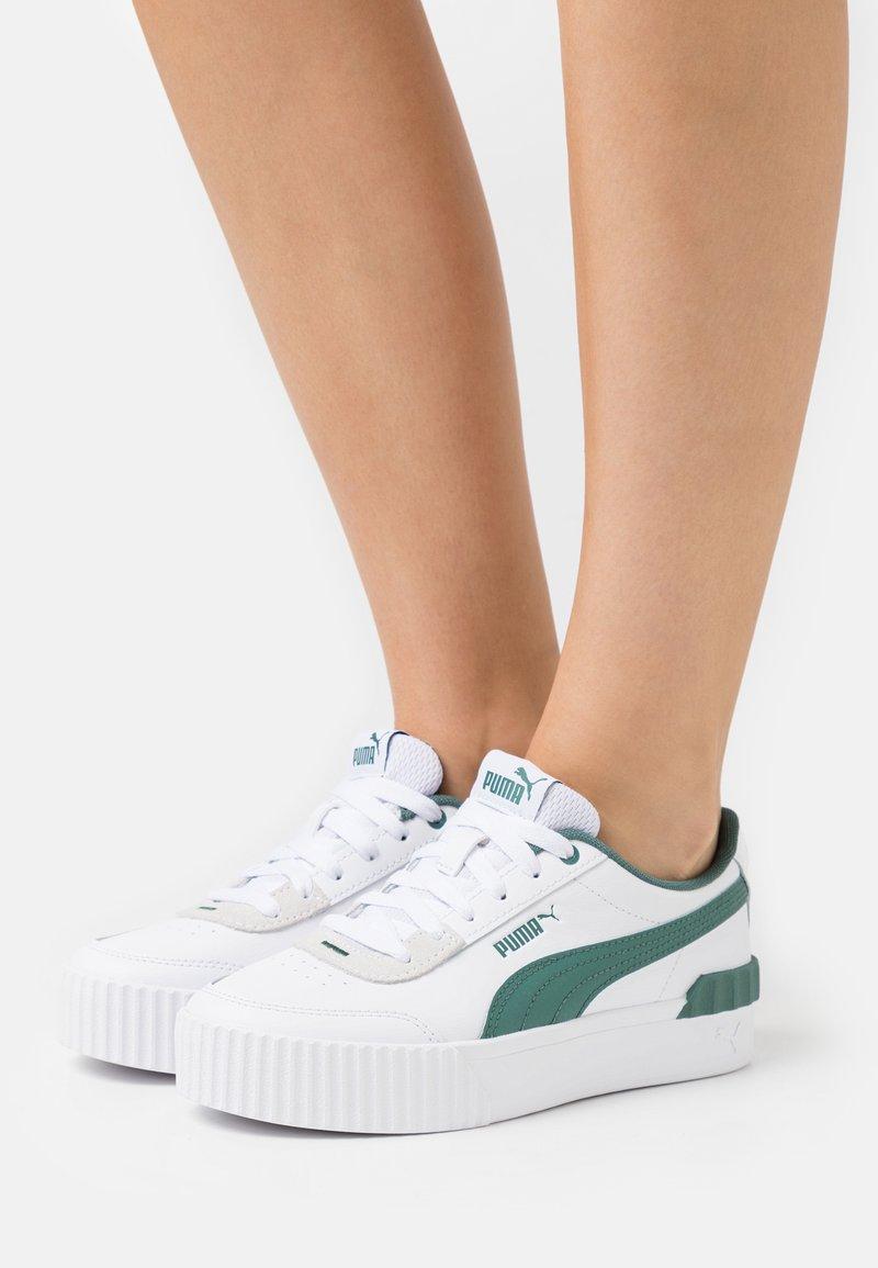 Puma - CARINA LIFT - Sneakers laag - white/blue spruce