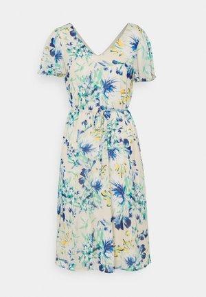 VMJASMINE CALF DRESS - Day dress - birch