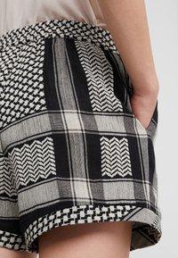 CECILIE copenhagen - Shorts - black/stone - 3