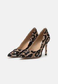 Guess - DAFNE - Classic heels - black - 2